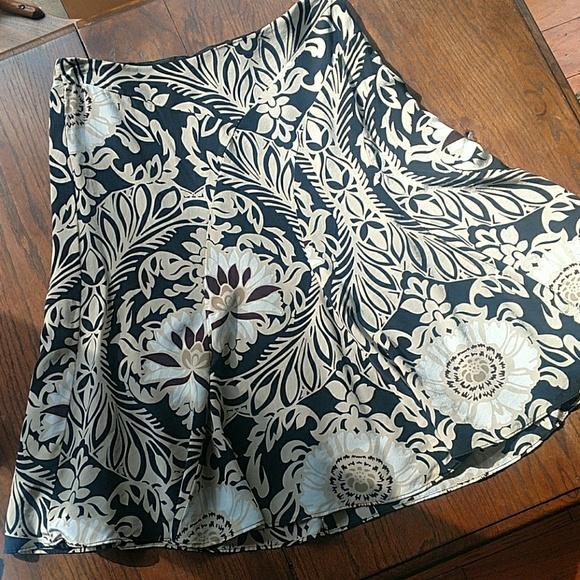 Silk Ann Taylor Size 10 Print Skirt